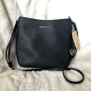 NWT Michael Kors Jet Set Messenger Bag